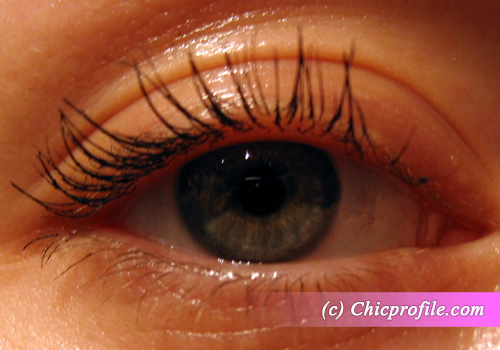 8hours-Max-Factor-False-Lash-Effect-mascara