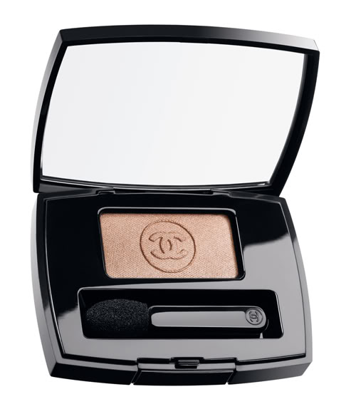 Chanel-Ombre-Essentielle-Sillage
