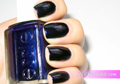 Essie-Midnight-Cami-flash