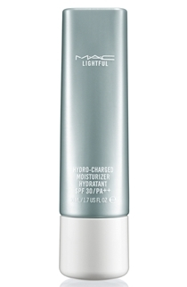 MAC-Lightful-hydrating-moisturizer-SPF