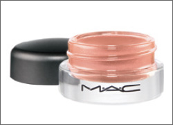 MAC Pret a Papier Coral Crepe Update: MAC Pret a Papier Summer 2010 Collection + Added Photos