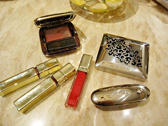 Guerlain Colors fall 2010 makeup collection products Guerlain Colors (Couleurs) Makeup Collection for Fall 2010 Information, Photos & Swatches