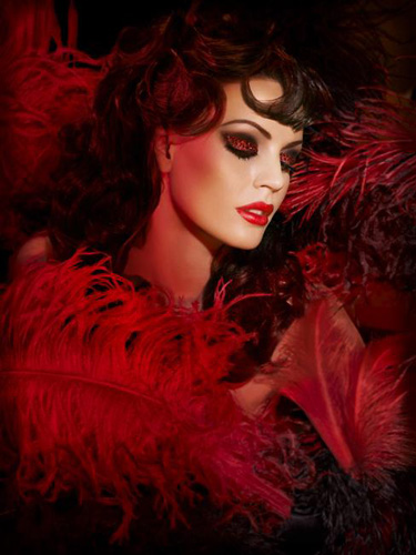 احدث مجموعات المكياج لشتاء 2014 ، مكياج شتاء 2014 ، الوان مكياج شتاء 2014 Make-Up-For-Ever-fall-2010-Moulin-Rouge-makeup-collection-promo.jpg