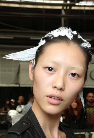 MAC Spring Summer 2010 makeup Alexander Wang Backstage @Alexander Wang NYFW MAC Spring Summer 2011 Makeup
