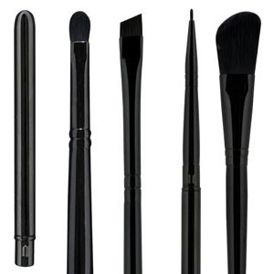 Illamasqua Brush Collection Fall 2012 Illamasqua New Brush Range for Fall 2012   Info, Photos & Prices