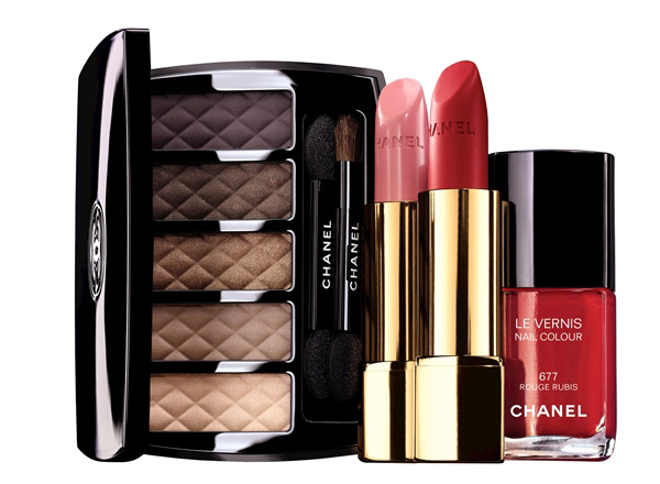 Chanel-Nuit-Infinie-de-Chanel-Collection-Holiday-2013-Promo1