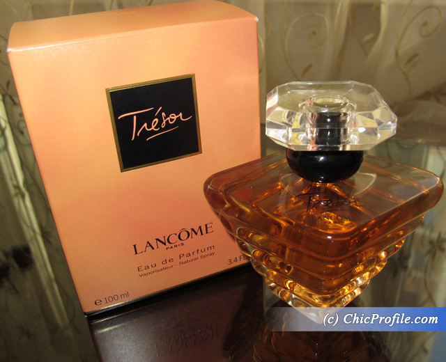 Lancome-Tresor-Eau-de-Parfum-Packaging-Review
