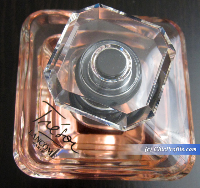 Lancome-Tresor-Lumineuse-Eau-de-Parfum-Review-2