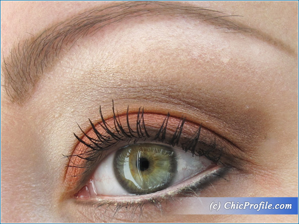 Make-Up-Factory-Enchanted-Earth-Palette-Makeup-Look