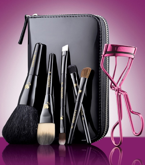 Lancome-Artistry-On-The-Go-Holiday-Set