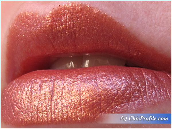 Senna-Beautiful-Bronze-Lipstick-Lip-Swatch