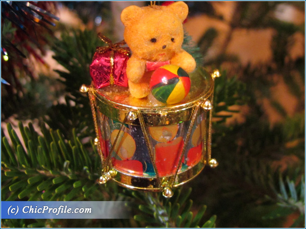 Holiday-Teddy-Bear