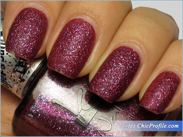 Kinetics-Crying-Lamborgini-Nail-Polish-Swatch-4-Days-Top-Coat