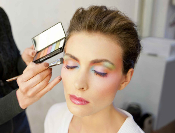 Make-Up-For-Ever-Arty-Blossom-Palette-2014-Makeup2