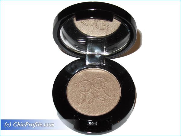Rouge-Bunny-Rouge-Long-Lasting-Eyeshadow-Rain-Dove-Packaging