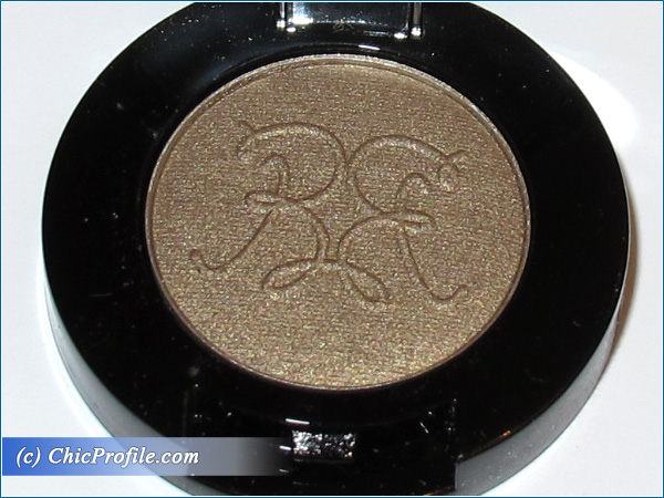 Rouge-Bunny-Rouge-Long-Lasting-Eyeshadow-Rufous-Tailed-Weaver-Review