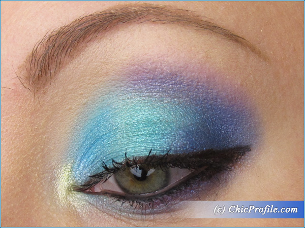 Aquatic-Makeup