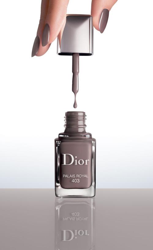 Dior-Vernis-Couture-Effet-Gel-4