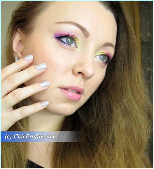 Funky-Pinky-Makeup-Look