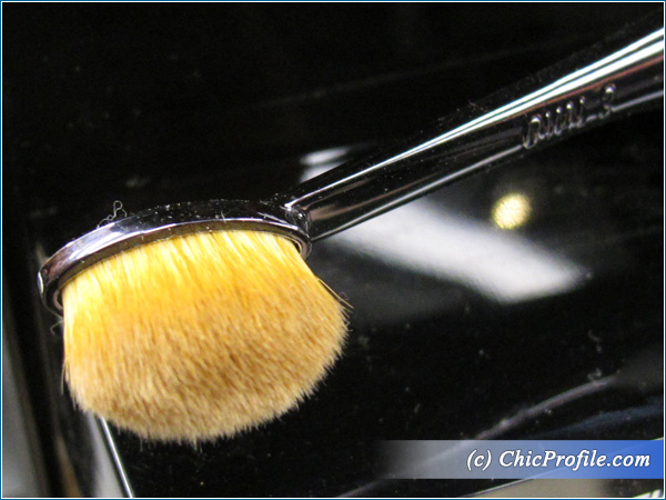 MAC-Masterclass-Oval-3-Brush-Preview