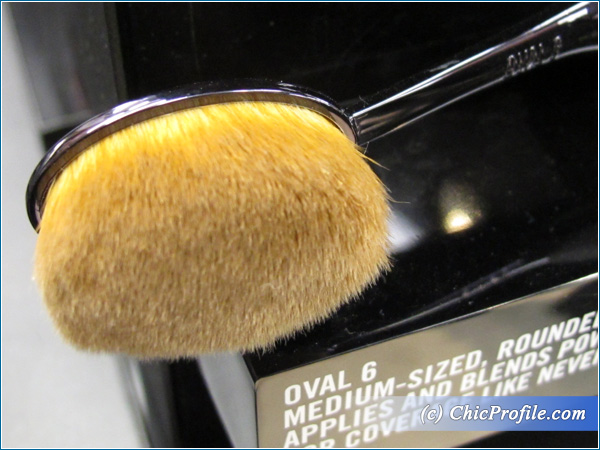 MAC-Masterclass-Oval-6-Brush-Preview
