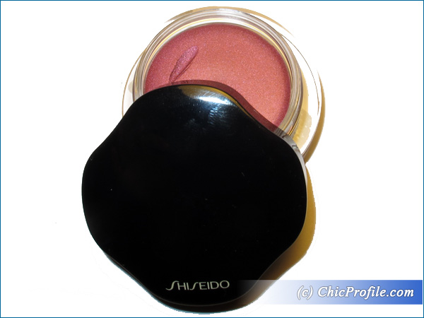 Shiseido-Shimmering-Cream-Eye-Color-Konpeito