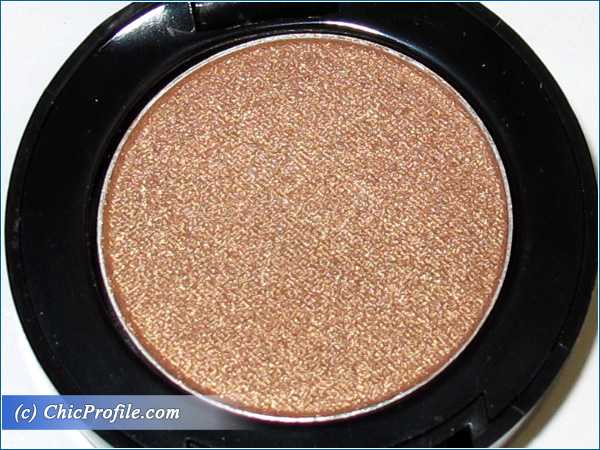 Mustaev-Old-Gold-Eyeshadow-Review-3