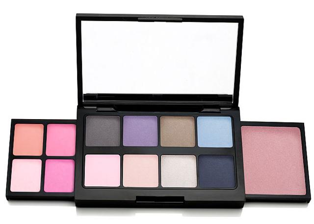 Victoria's-Secret-Eyeshadow-Palette-2