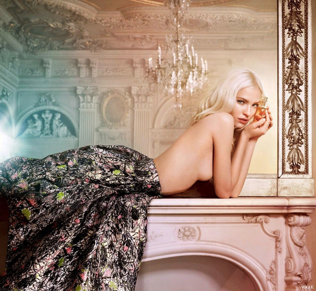 Dior-Addict-Eau-de-Toilette-Sasha-Luss