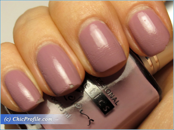 Kinetics-French-Lilac-Nail-Polish-Swatch-4