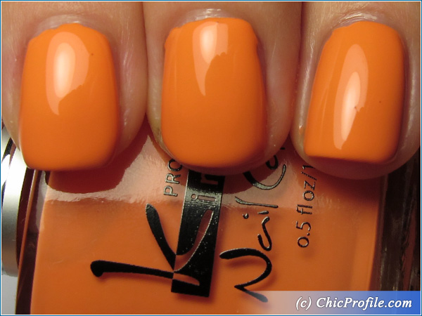 Kinetics-Summertime-Nail-Polish-Swatch-1