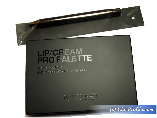 Mustaev-Lip-Cream-Pro-Palette-Lip-Brush