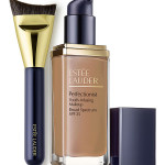 Estee Lauder Perfectionist Youth-Infusing Makeup SPF 25 & Sculpting Foundation Brush