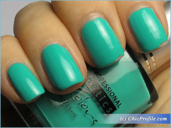Kinetics-Never-Too-Late-Nail-Polish-Swatch-4