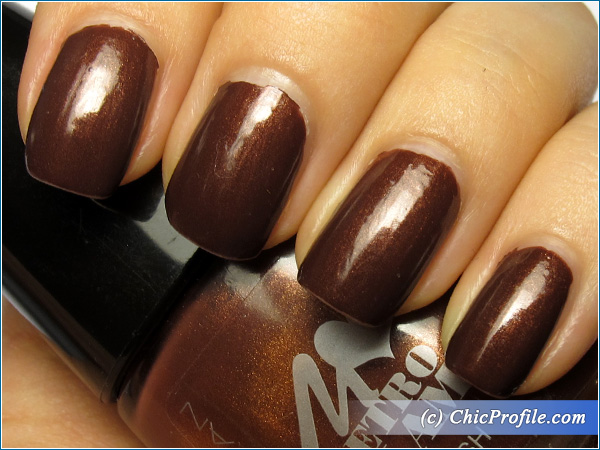 Manhattan-Black-Cherry-Nail-Polish-Swatch-3