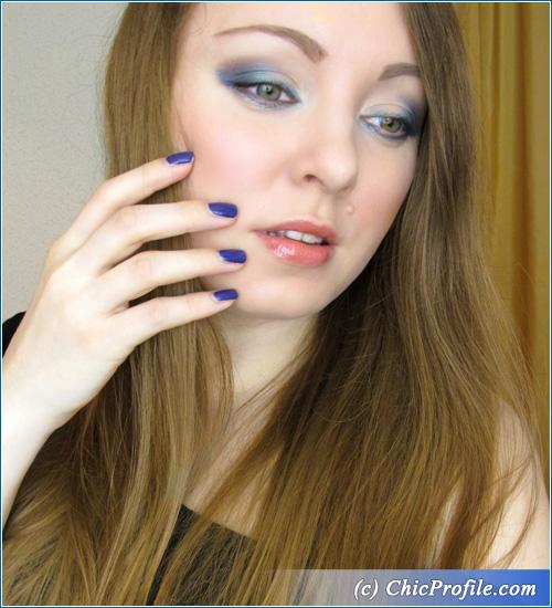 Foggy-Nights-Makeup-Look
