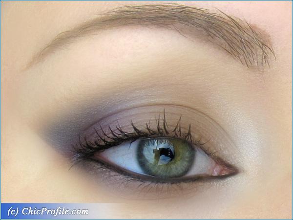 Grey-Blue-Makeup-1