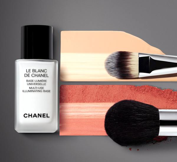 Chanel-Vitalumiere-Loose-Powder-Foundation-3