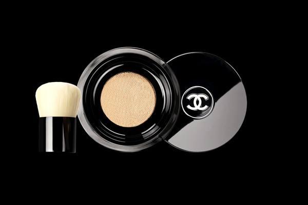 Chanel-Vitalumiere-Loose-Powder-Foundation-4