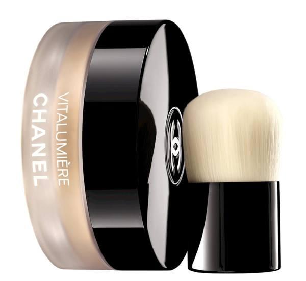 Chanel-Vitalumiere-Loose-Powder-Foundation-5