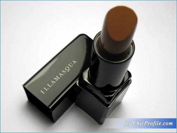 Illamasqua-Naked-Glamore-Lipstick-Review-2