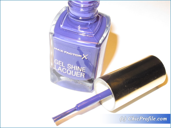 Max-Factor-Lacquered-Violet-Nail-Polish-Review-2