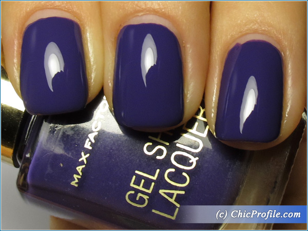 Max-Factor-Lacquered-Violet-Nail-Polish-Swatch-1