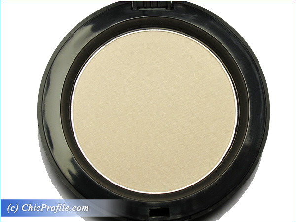 Mustaev-Light-On-Face-Architect-Powder-Review-4