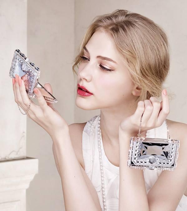 Jill Stuart Powder Foundation 2015 Spring Beauty Trends