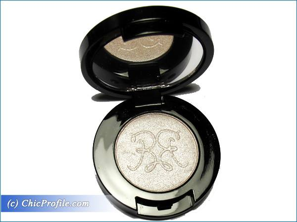 Rouge-Bunny-Rouge-Alabaster-Starling-Eyeshadow-Review-3