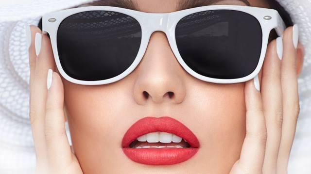 Isadora-Twist-Up-Matt-Lips-2015