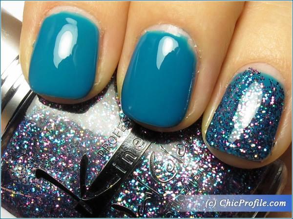 Kinetics-Polar-Dream-Glitter-Storm-Polish-Review-3