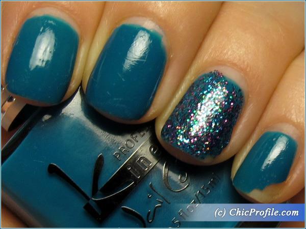 Kinetics-Polar-Dream-Glitter-Storm-Polish-Review-4