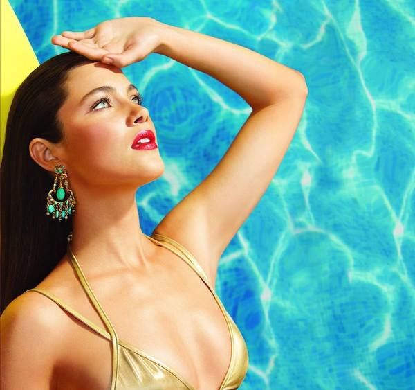 Laura-Mercier-Un-Ete-a-Ibiza-Summer-2015-Collection